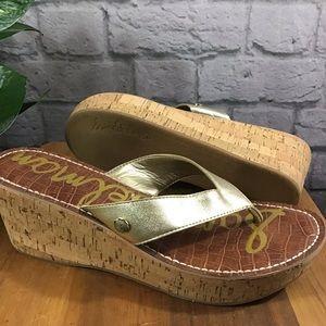 🍃Sam Edelman gold cork wedge sz 11 thong sandals
